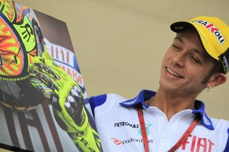 MotoGP Stars In Charity Auction Aug. 27; Fans Can Watch Moto2 Bike This Week