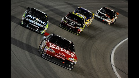 Stewart Wins Homestead Thriller, Brings Sprint Cup Back Home To Indiana