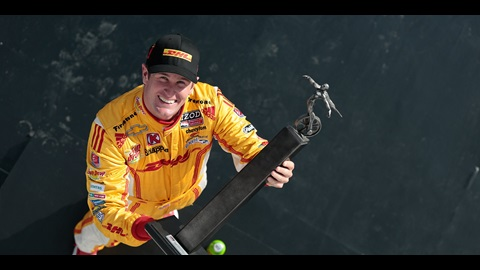 Hunter-Reay Posts Win At Barber