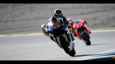 Championship Goes Down To The Wire After Impressive Lorenzo Victory