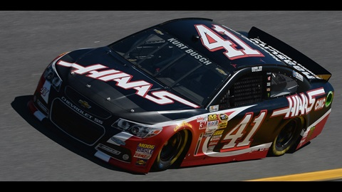 Kurt Busch Fights His Way For Martinsville Win
