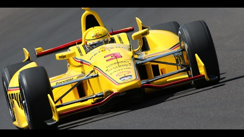 Castroneves Passes 227 MPH in 'Fast Friday' Preview